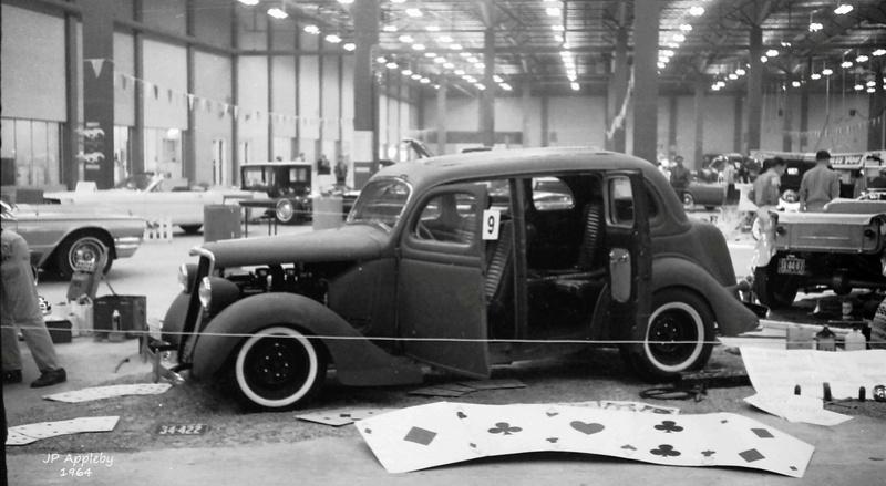 Vintage Car Show - Page 19 15384311