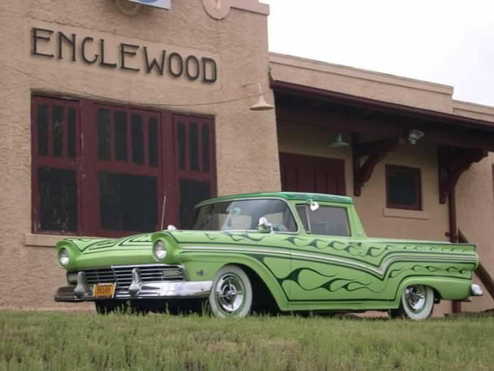 Ford 1957 & 1958 custom & mild custom  - Page 7 15391010