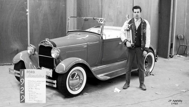 Vintage Car Show - Page 20 15391411