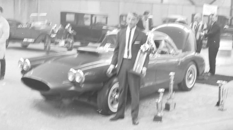 Vintage Car Show - Page 20 15391412
