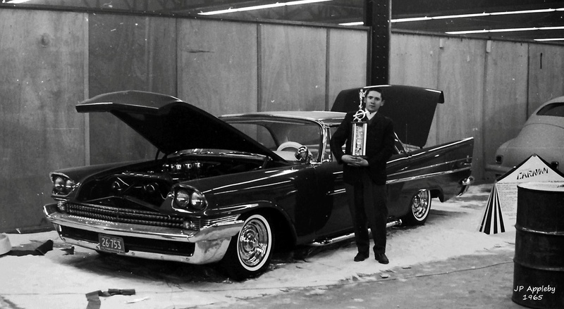 Vintage Car Show - Page 20 15403511