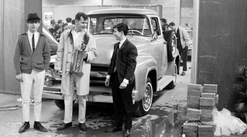 Vintage Car Show - Page 20 15418515
