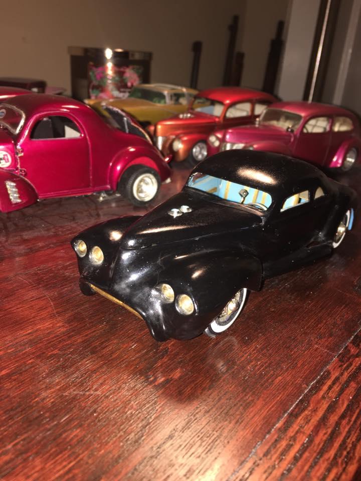 Vintage built automobile model kit survivor - Hot rod et Custom car maquettes montées anciennes - Page 8 15439811