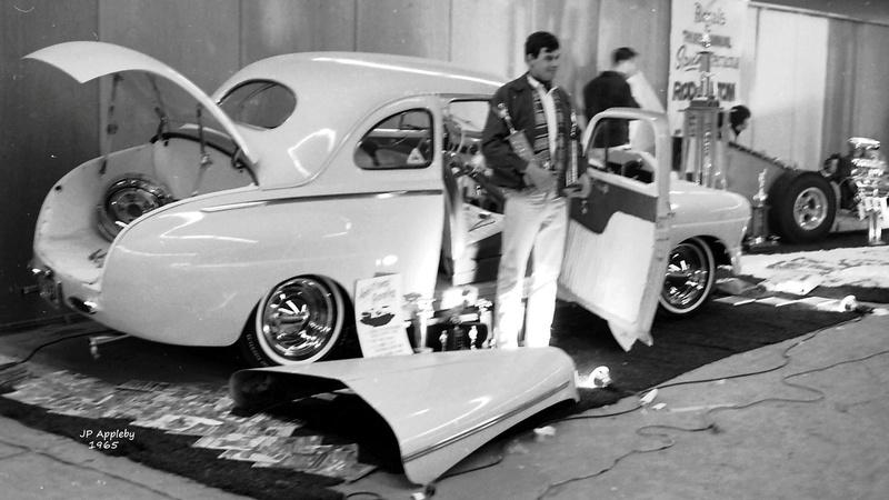 Vintage Car Show - Page 20 15540612