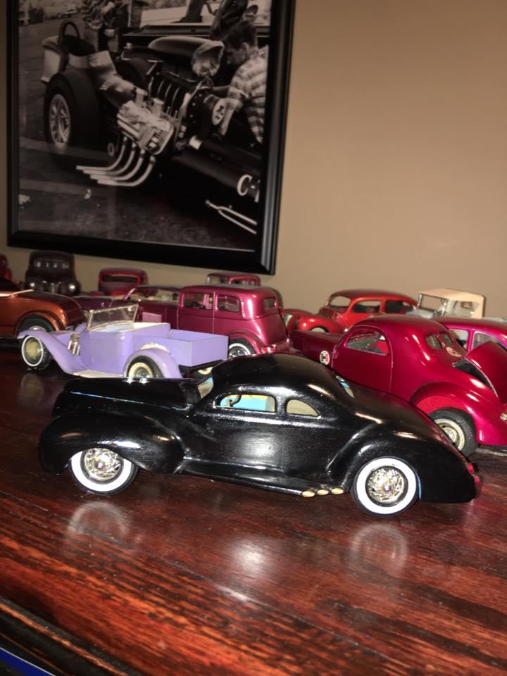 Vintage built automobile model kit survivor - Hot rod et Custom car maquettes montées anciennes - Page 8 15541211