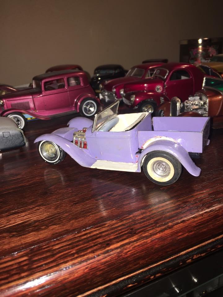 Vintage built automobile model kit survivor - Hot rod et Custom car maquettes montées anciennes - Page 8 15542210