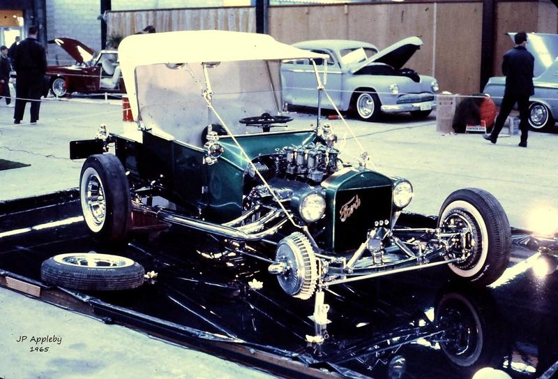 Vintage Car Show - Page 20 15578210