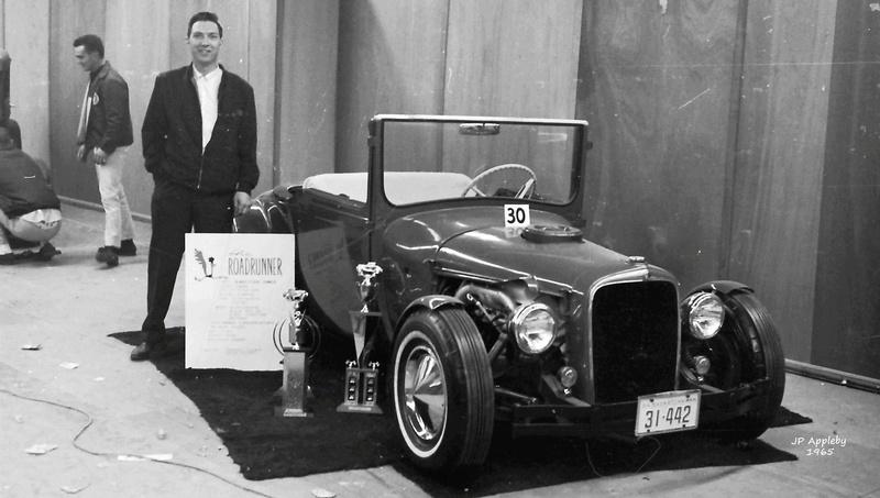 Vintage Car Show - Page 20 15590910