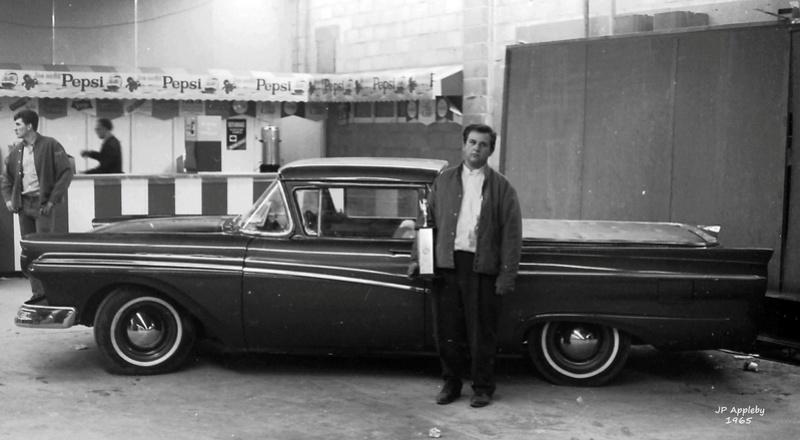 Vintage Car Show - Page 20 15591411