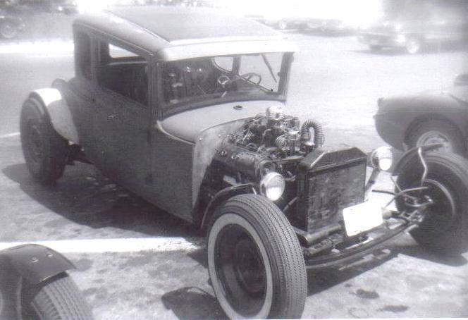 "Hot rod in street - Vintage pics - ""Photos rétros"" -  - Page 6 16100610"