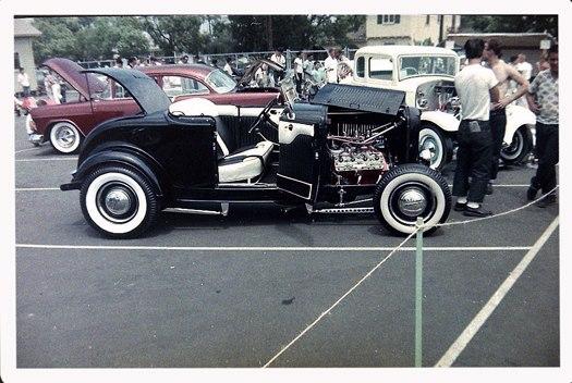Vintage Car Show - Page 19 38858210
