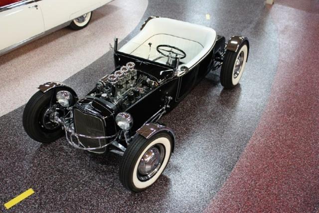 """1927 FORD MODEL T - THE ORIGINAL """"BLACK WIDOW"""" - Wally Olson - Bill Scott 4912"""
