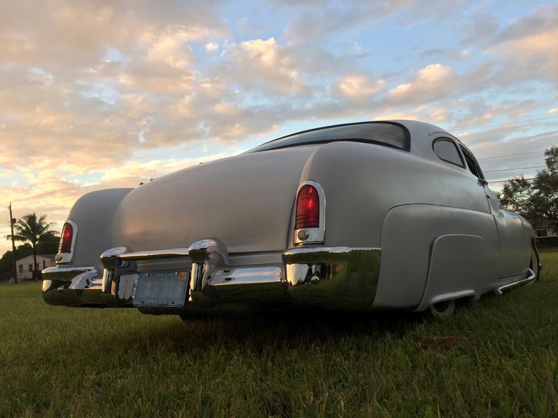 Mercury 1949 - 51  custom & mild custom galerie - Page 31 543
