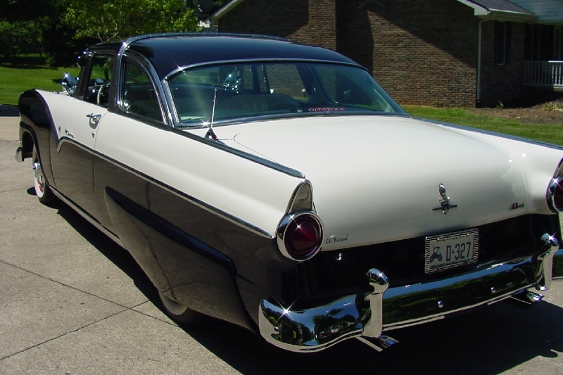 Ford 1955 - 1956 custom & mild custom - Page 6 Dsc02611