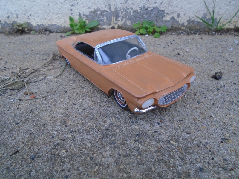 1961 Chevrolet Corvair - customizing kit 3 in 1 amt - 1/25 scale Dsc05611