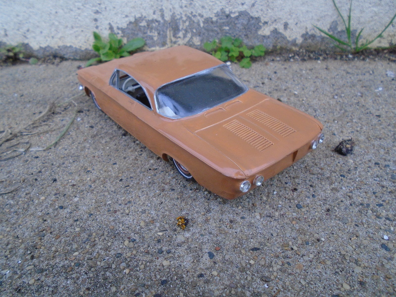 1961 Chevrolet Corvair - customizing kit 3 in 1 amt - 1/25 scale Dsc05612