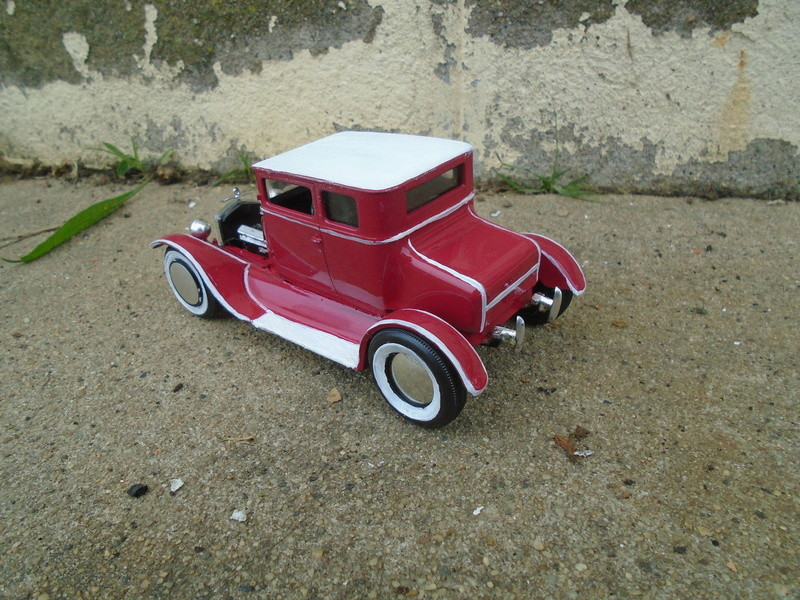1925 Ford Model ' T' 3 in 1 - Amt - 1/25 scale Dsc05614
