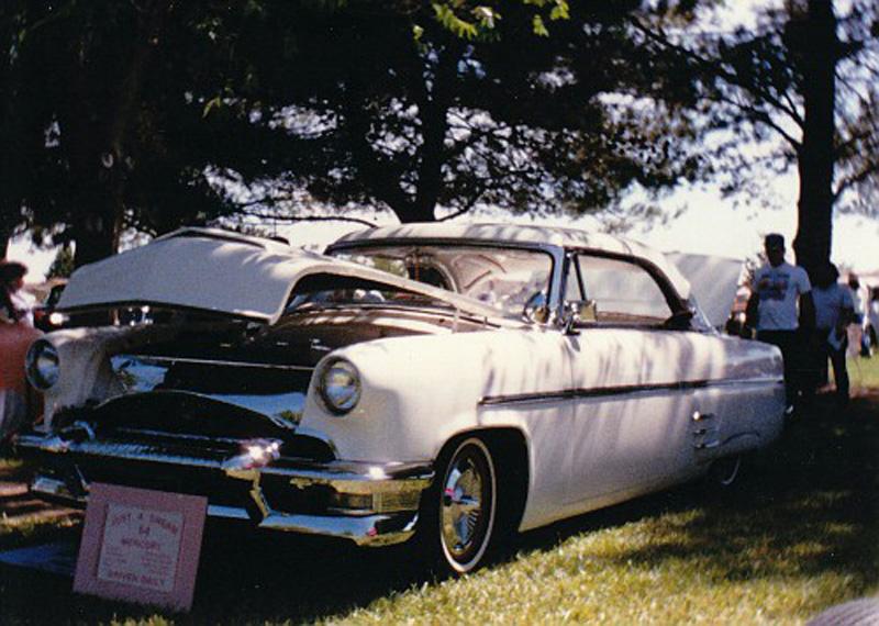 Mercury 1952 - 54 custom & mild custom - Page 4 Img_0045