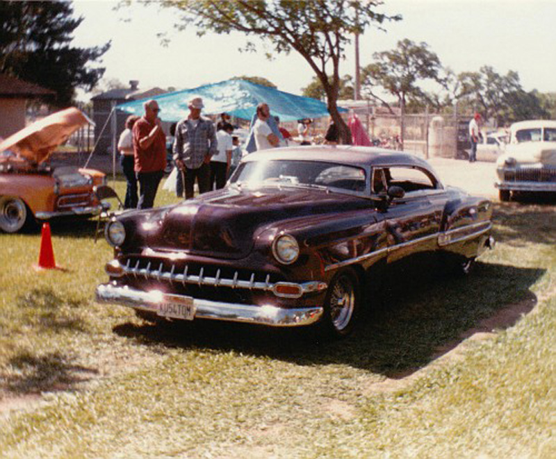 Chevy 1953 - 1954 custom & mild custom galerie - Page 14 Img_0052