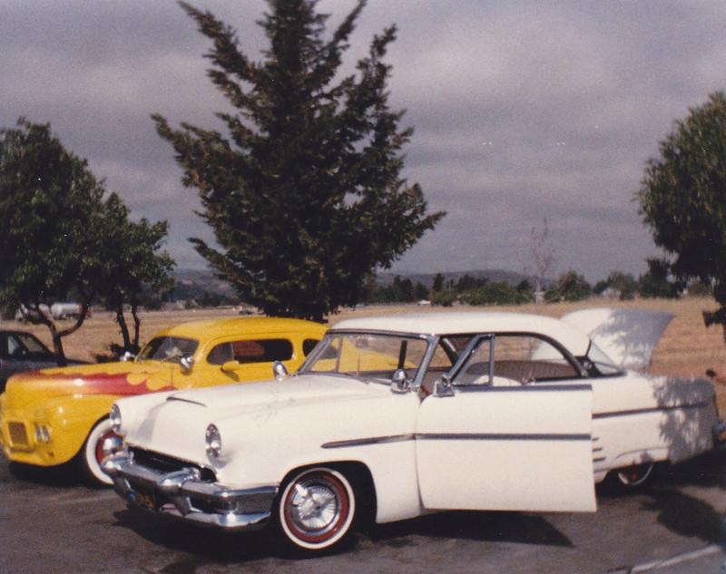Mercury 1952 - 54 custom & mild custom - Page 4 Img_0080