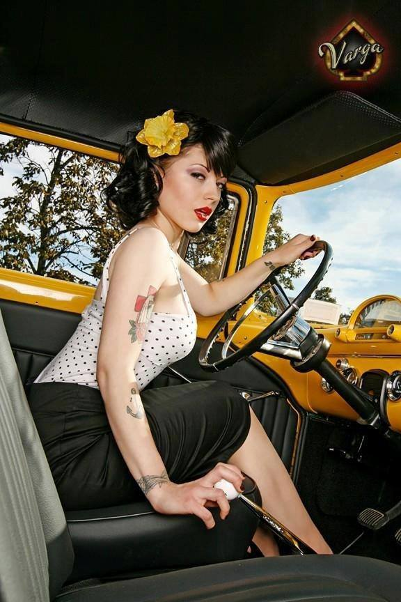 Hot Rod Pinup  - Page 4 13557710
