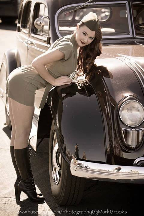 Hot Rod Pinup  - Page 5 15941010