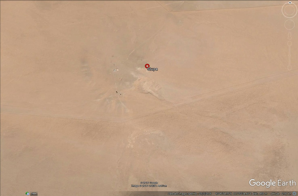 Désert de Gobi, Mongolie : Le mystère du petit stupa de Zamiin Üüd - Page 2 Mongol34