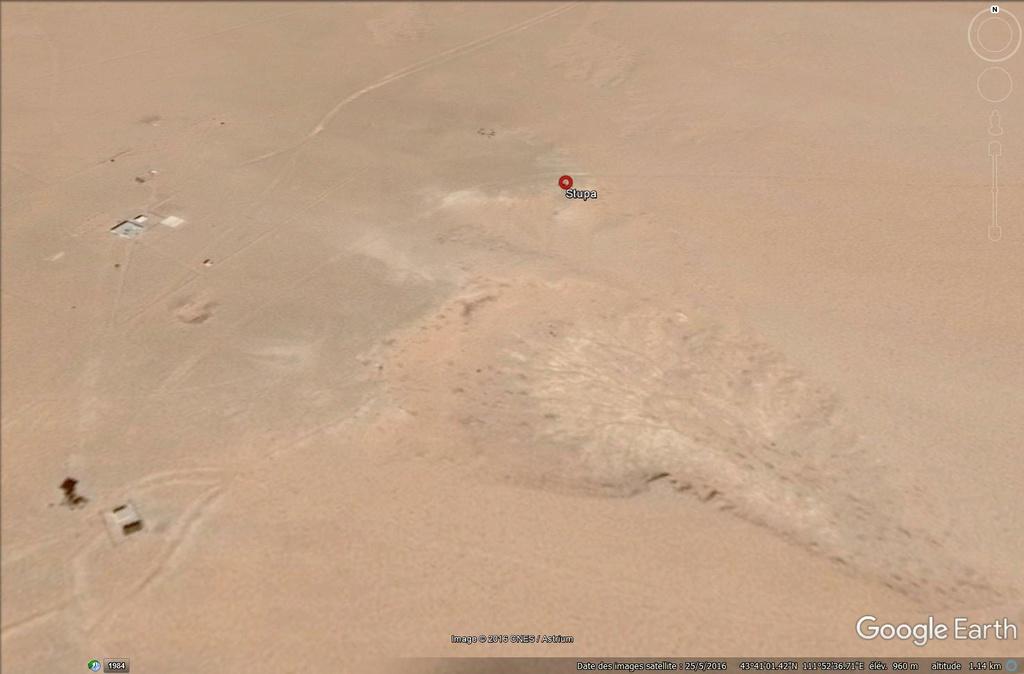 Désert de Gobi, Mongolie : Le mystère du petit stupa de Zamiin Üüd - Page 2 Mongol35
