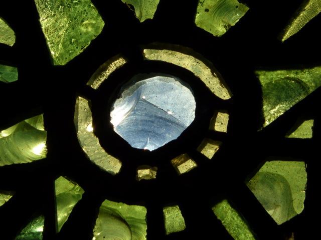 """Une recherche sur le magnifique """"bleu de Chartres"""". P1050029"""