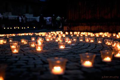 Prions pour les victimes des attentas de Berlin et des autes pays Chemin11
