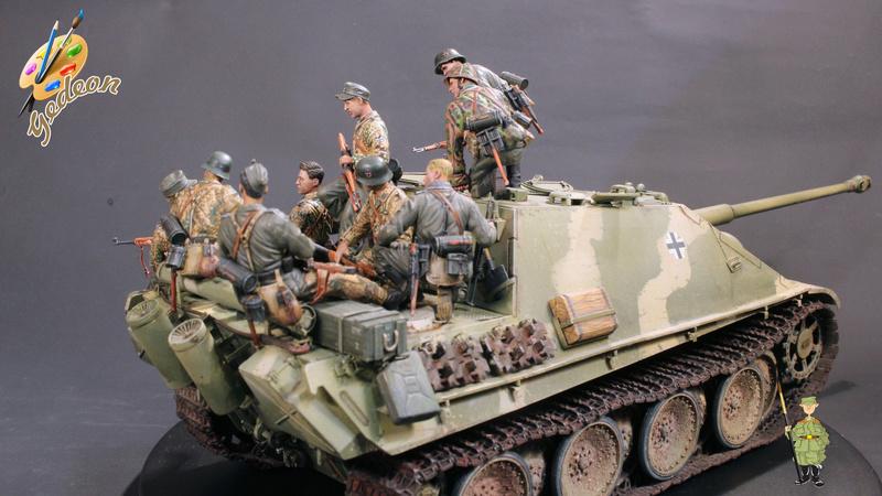 Jagdpanther Sd.Kfz.173 – 1/35ème Dragon - Equipage terminé - Page 10 Du_mon14
