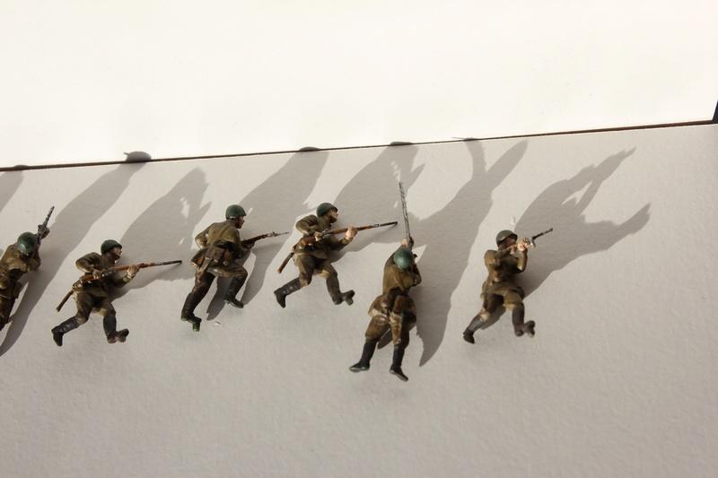 [Italeri] Diorama d'un Mathilda MK.II soviètique       au 1/72  Img_8643