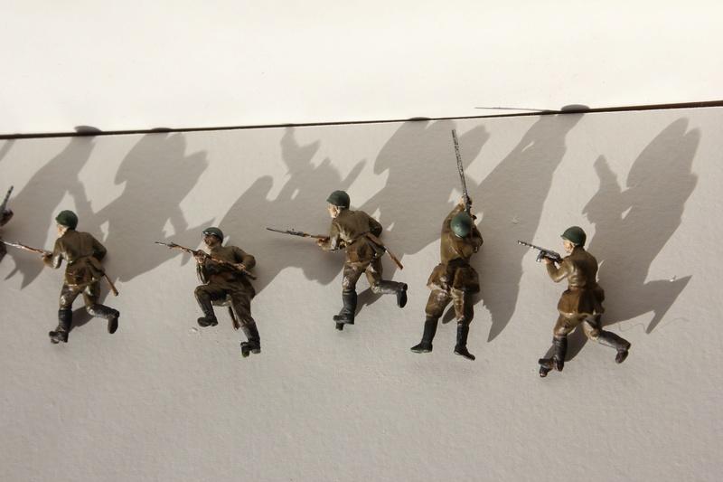 [Italeri] Diorama d'un Mathilda MK.II soviètique       au 1/72  Img_8646