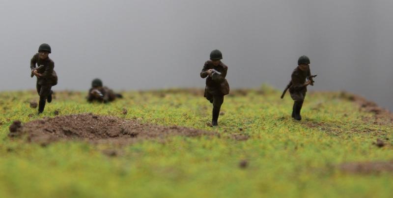 [Italeri] Diorama d'un Mathilda MK.II soviètique       au 1/72  Img_8785