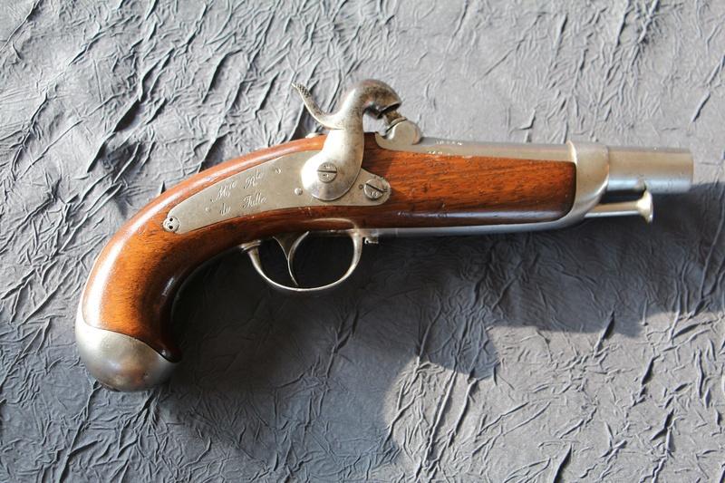 Pistolet de gendarmerie 1842 Img_2310