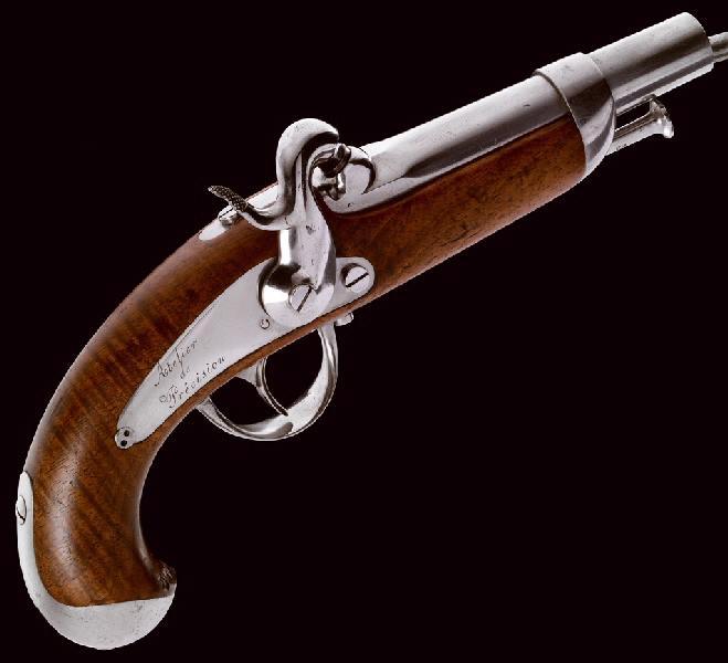 Pistolet de gendarmerie 1842 M1023310