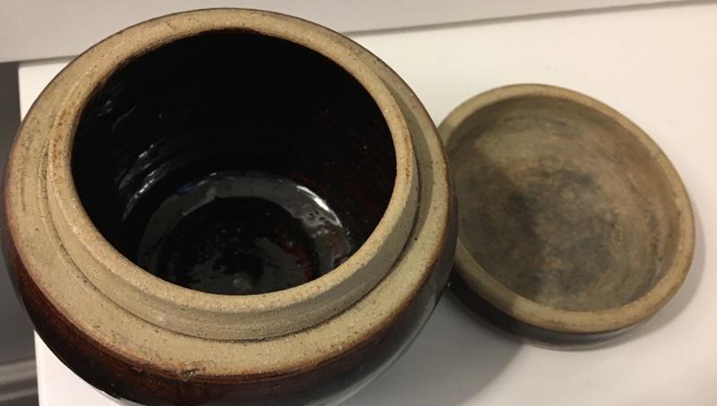 Bulbous Tenmoku Pot Decorated Flat Lid ID anyone? Img_0515
