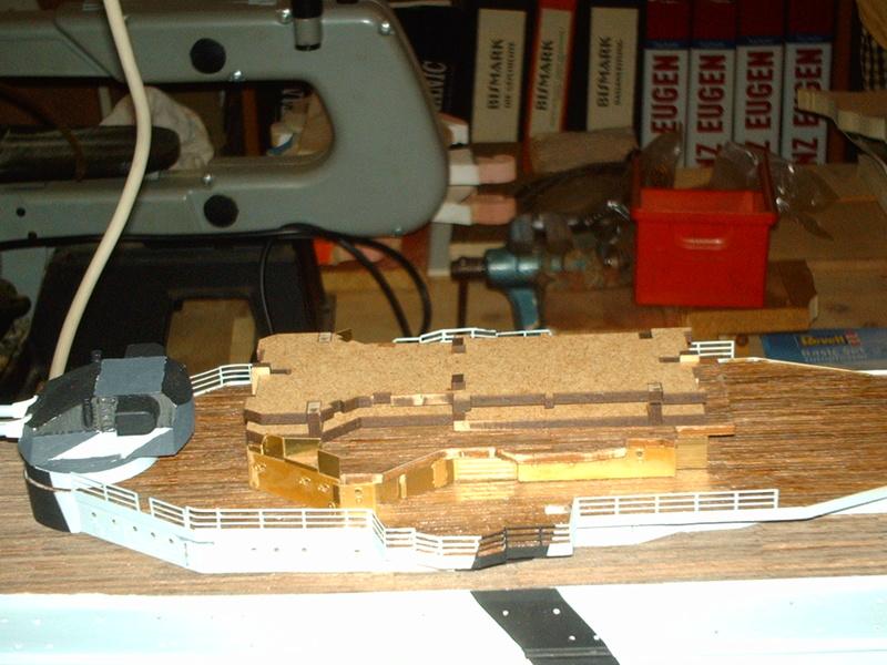Fertig - Prinz Eugen 1:200 von Hachette gebaut von Maat Tom - Seite 8 7110