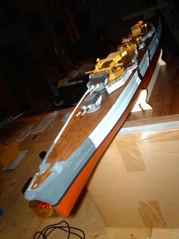 Fertig - Prinz Eugen 1:200 von Hachette gebaut von Maat Tom - Seite 8 8310
