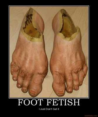 FEET: pretty or repulsive? - Page 2 Img_5815