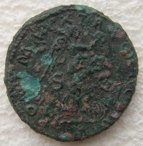 Hadrien - as - RIC 572(a) Hadrie11