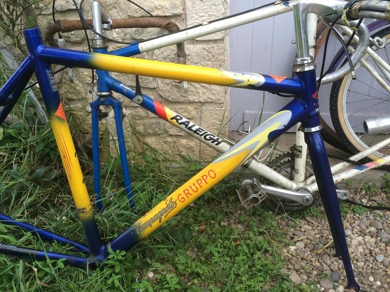 vélo urbain léger, ou comment recupérer un cadre de déchetterie Img_2110