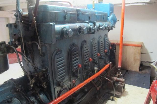 une  autre histoire de moteur  Img_1714