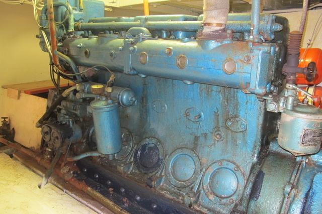 une  autre histoire de moteur  Img_1715