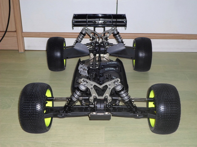 TLR 8ight-T 3.0 E 211