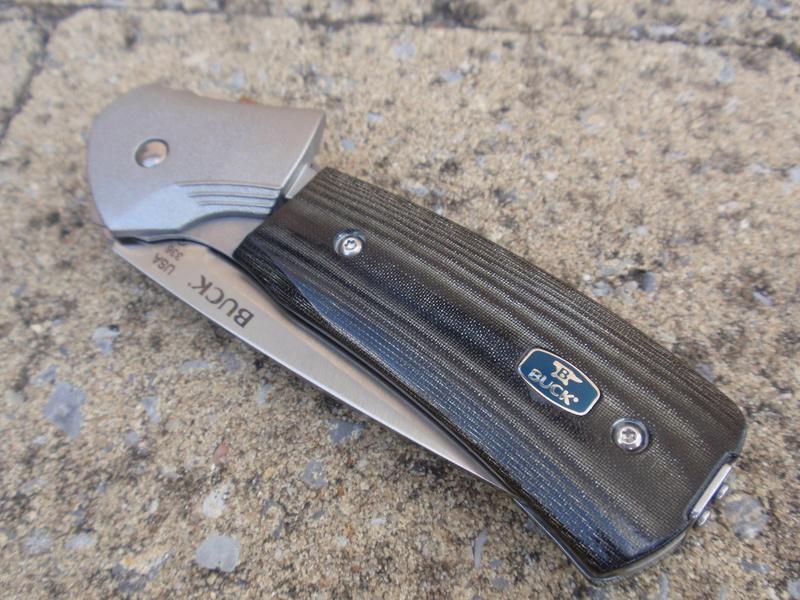 La collection de Couper au couteau - Page 13 Pa094410