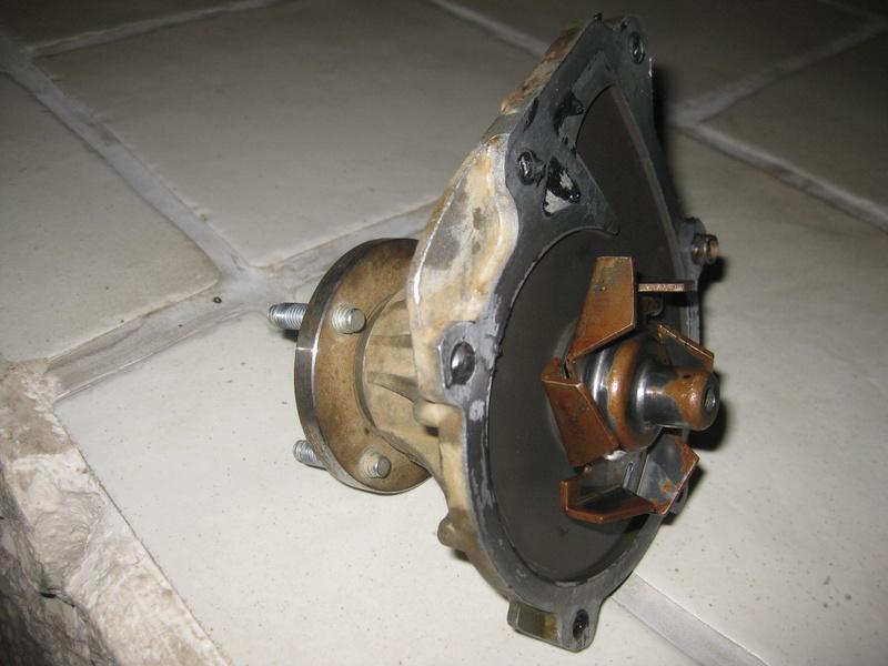 [Résolu] Démontage pompe à eau kzj Img_1410