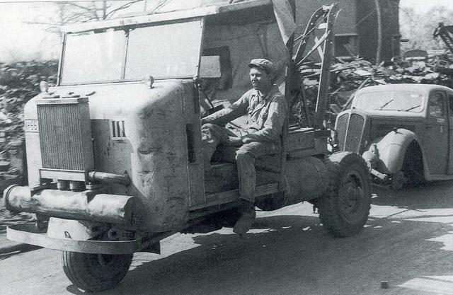 Le GAZOGENE et la voiture des français de 39 à 45 Img34210