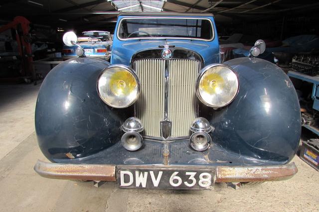 Triumph 1800 Roadster 1948 - Rambouillet Dim 20 Nov 2016 Img_1812