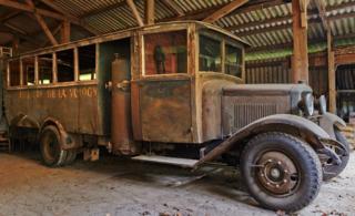 Le GAZOGENE et la voiture des français de 39 à 45 Rochet10